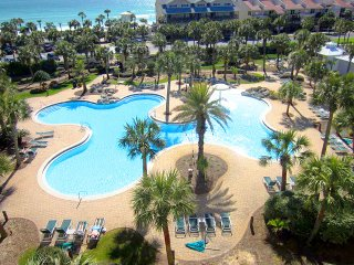 Happy Ours-3BR- OPEN 10/16-10/19 $986! Gulf & Pool Views-Heart of Destin-FunPass