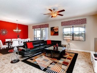 Luxurious 7 Bedroom Home In Gated Golf Course Community Of Providence. 2371VD, Orlando