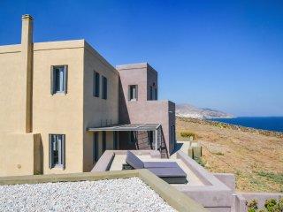 VIlla Maristella modern waterfront luxury villa in Syros island
