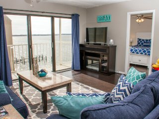 Wight Bay 445 - Renovated Bayfront Near Secrets!