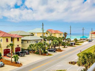 Gulf Views for 10 fr Balcony! OPEN 8/23-8/25 $617* Gorgeous 3BR Alerio C303