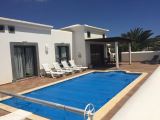 Casa Maria Faro Park | Luxury Villa | Private Heated Pool | Peaceful & Relaxing