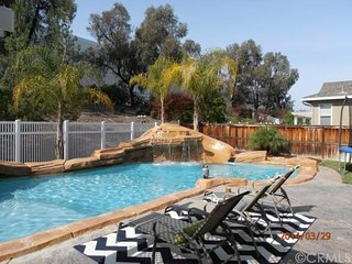 Pool house near everything in Wine Country Temecula