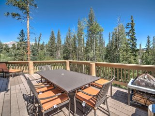 New! 4BR Silverthorne Home Near Skiing and Shops!