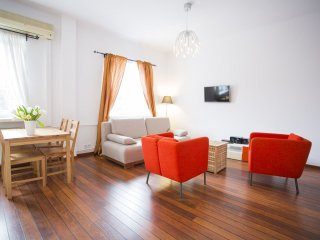 M11 apartment in Nowe Miasto with WiFi & airconditioning.