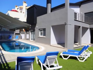 SEMA VILLA, private villa with pool in Kyrenia Town