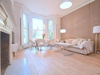 Holland Road Demeure apartment in Hammersmith with WiFi.