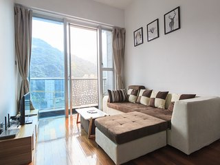 Luxurious High Level Apartment with great view and rooftop Pool at Wan Chai