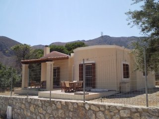 Villa in Kalymnos near the beach