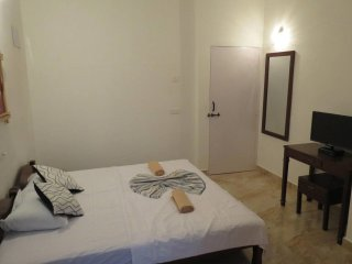35- Private Serviced Apartment Alor Grande Candolim & Free WiFi