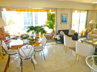 Summer in Monte Carlo - a 2 bed apartment steps from the Monaco Casino