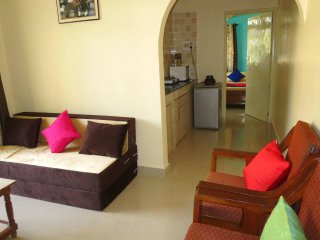 07) Refurbished 1 Bedroom Apartment CDB Resort Calangute sleeps 4