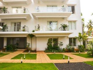 23) La Quinta, Luxurious One Bedroom Apartment Arpora sleeps 4 & Wifi