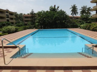26) Quality 2 Bedroom Apartment, Regal Park, Candolim, and WiFi