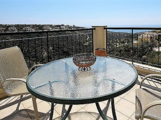Luxury Apartment with Spectacular Sea Views in Best Location in Aphrodite Hills