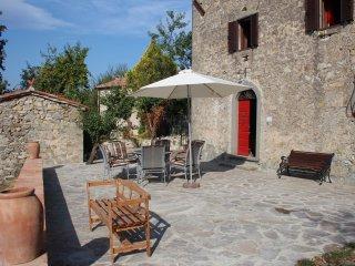 Ferienhaus, Rustico, Toskana, Traumausblick, Südl. Sienna,  gr.Abenteuergarten, Santa Fiora