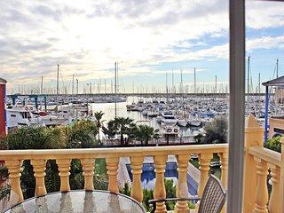 Apartamento VIp Marina Internacional en Torrevieja Alicante Espana
