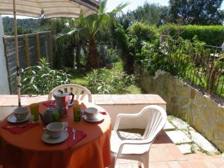 Attached house with private garden in private urbanisation ref. LEMAN