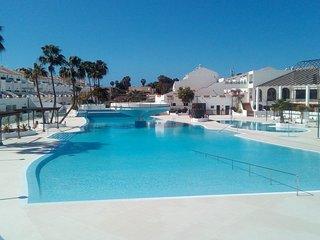 8) Appart. in miglior posizione nel residence vista piscine e volcano-WIFI