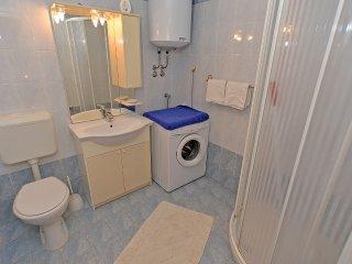 Apartment 1570