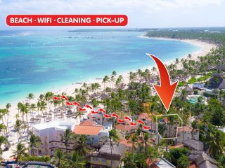 Beach Villa Monica 5 guests WiFi Cleaning