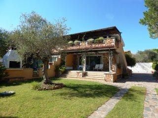 CASA CANOA 3: raffinato appartamento in villa, 4 persone