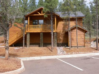 Tatanka Retreat  - Free Night Promotion! Book 2 nights get a 3rd night Free!