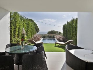 2 BEDROOM DELUXE VILLA WITH PRIVATE POOL