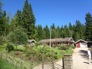 Idyllic lake house on Boras/Svenljunga border -for vacation or just a weekend