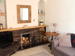 Charming 3 bed cottage in quiet location steps from Mevagissey Harbour Free Wifi