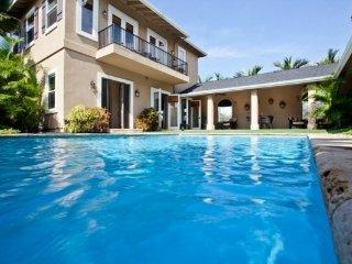Tradewinds Villa - Large Pool, Close to Magic Sands, Kailua-Kona