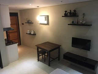 Tranquil Studio  - 3 Mins. to White Beach  (Unit 6), Boracay