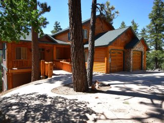 Enchanted View Haus, Big Bear Region