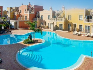Modern duplex with pool, sea view, Palm-Mar