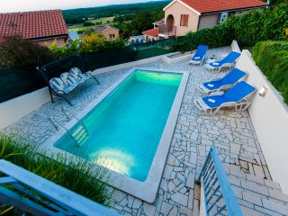Modern bungalow in Montizana, Istria, with private pool and stunning views, Rovinj
