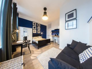 Stylish STUDIO in heart of Shoreditch: Serviced by Hostmaker, London