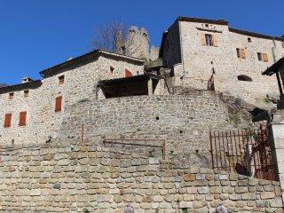 Le Castel pour 6 personnes - piscine, sauna, spa, massages thai, restauration...