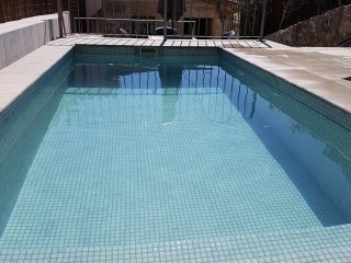 Town house with private pool and terrace in the old town, Calvario area