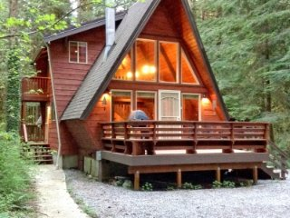 CR100fCityofGlacier - 15SL Snowline Cabin #15 - A Great Couples Getaway! Now