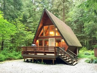 CR100fCityofGlacier - 15SL Snowline Cabin #15 - A Great Couples Getaway! Now wit