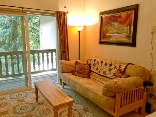 CR103xMapleFalls - 36SLL Snowline Lodge Condo #36 - One-Of-A-Kind 1-Bedroom