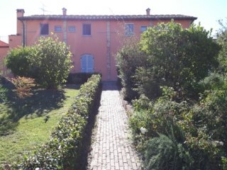 CR101Tuscany - Tuscan Sobriety