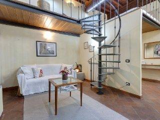 CR108bFlorence - 16th century apartment near Ponte Vecchio