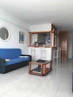 Bonito estudio con terraza y vistas al mar, Palmanova