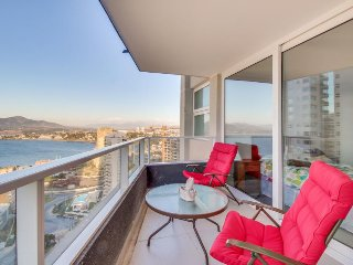 Seaside condo boasts stunning ocean views, shared pool & hot tub, beach access!