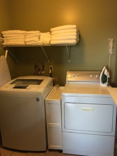 1st floor laundry off of mudroom