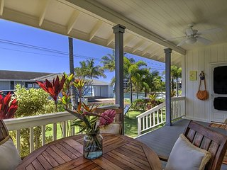 Ho'ona Hale - Delightful 2 Bedroom Cottage with Whitewater Ocean Views