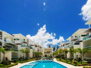 Apartamento con Terraza y Piscina - 6 Personas