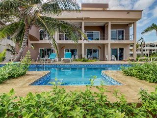 Inviting seaside condo w/ easy beach access, shared pool, and great location!