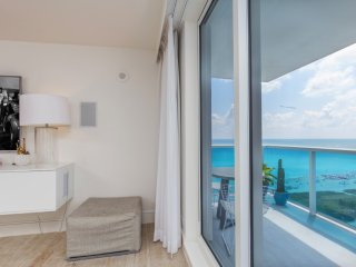 5 Star Condo Hotel 1/1 Beachfront Unit 1512